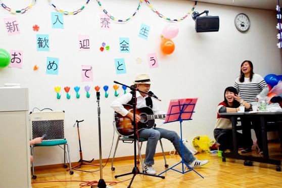 平成28年度春 八王子留学生寮の新入寮生歓迎会が開かれました