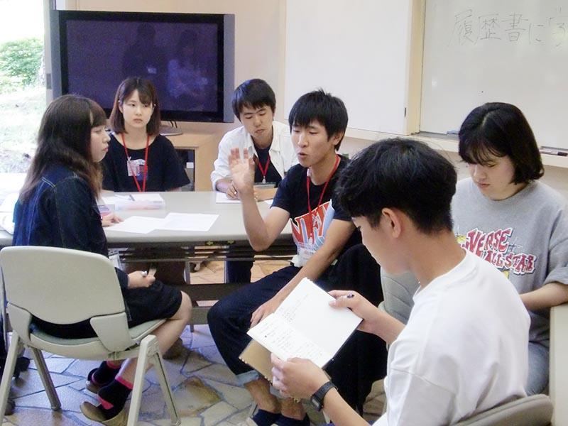 20170614taro_katsura03_debate.jpg