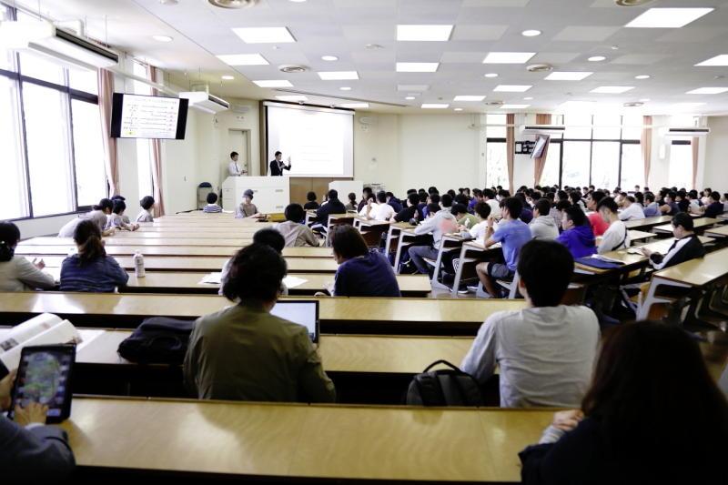 日本体育大学保健医療学部 鈴木健介准教授による講義
