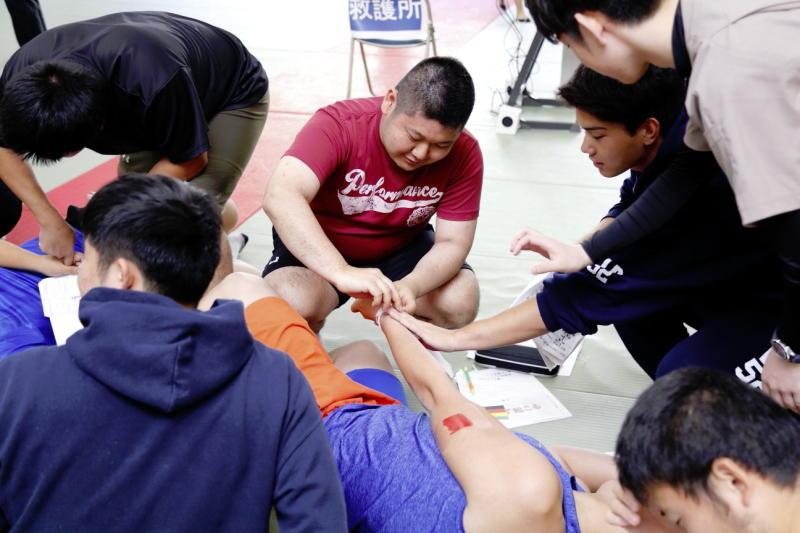実技指導:実際に脈を確認する