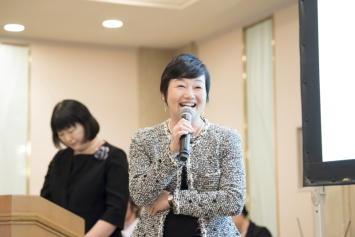 (株)図書館流通センター代表取締役会長 谷一 文子 様